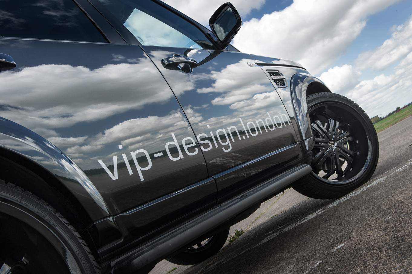 VIP Design Supercar Club Land Rover Discover Tuning