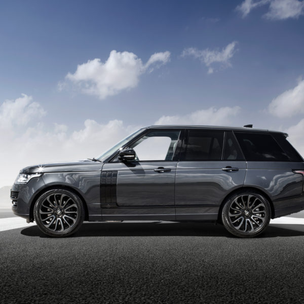 VIP Design Club Range Rover Autobiography Stealth Tuning 650bhp