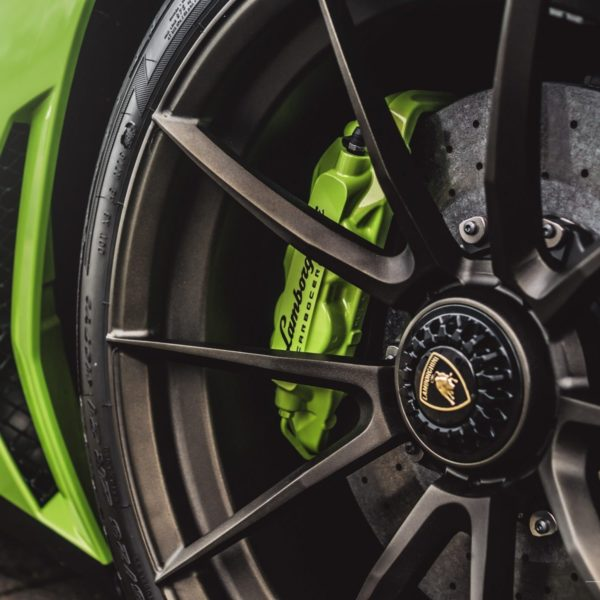 verde-scandal-lamborghini-aventador-sv-lp750-4-brixton-forged-wheels-wr3-ultrasport-fine-texture-bronze-8-1800x1200