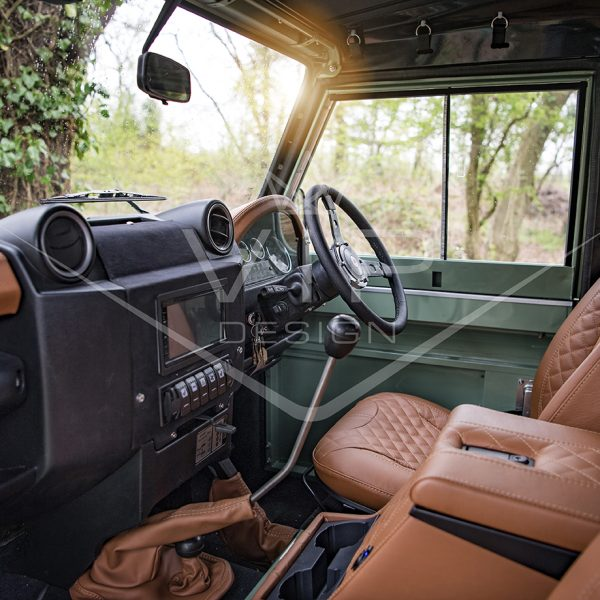 land rover defender restoration (34)